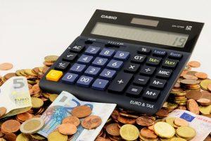 Geld met een rekenmachine